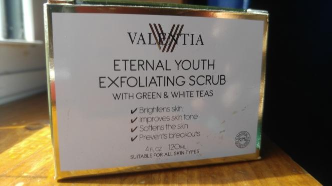 Valentia exfoliating scrub
